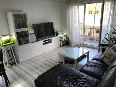 Appartement récent 80