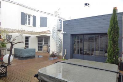 Maison de ville (150 m²) avec terrasse jacuzzi cav