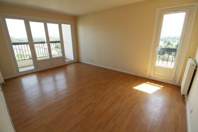Elancourt location deux pièces 48 m² + box en sous-sol
