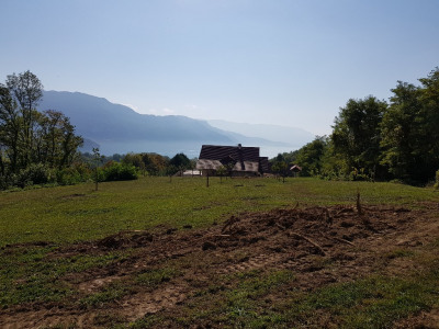 Terrain constructible d'une surface de 1088 m², Chanaz