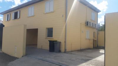 Villa F4 jumelée climatisée