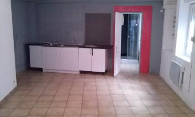 VAUVERT immeuble à vendre 3 appartements