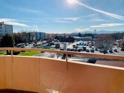 À louer 620 EUR par mois à Perpignan: appartement de 62m²
