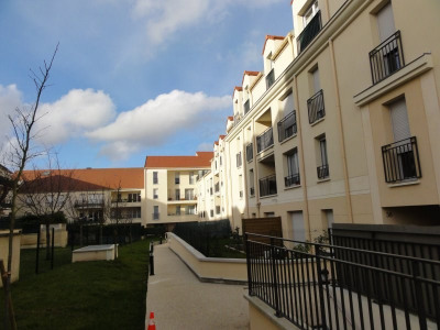 Appartement F3 71 m² Terrasse 2 parkings ss sol