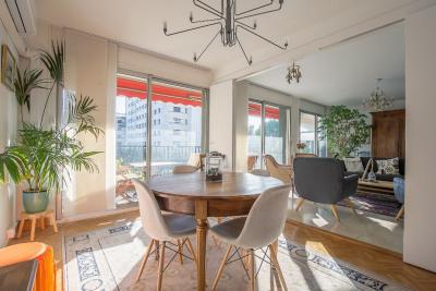 Bel appartement familial - parc mozart 15 mn à pied cv