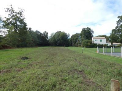 Terrain Breuillet 855 m²