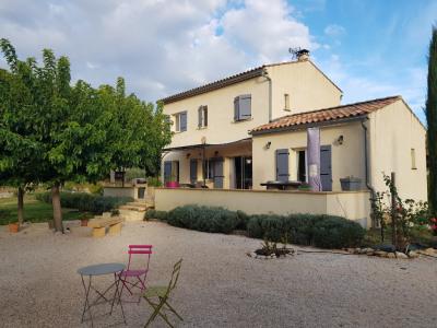 Rognes à louer magnifique villa T5 avec piscine