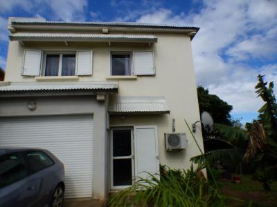 Maison F4 avec garage à La rivière Saint louis