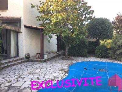 Pavillon T5 de 160 m² piscine beziers 10 minutes