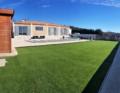 Villa 5 pièces avec vue et piscine