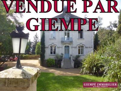 Maison 9 pièces-368 m²-NANTES-1 006 000 euros