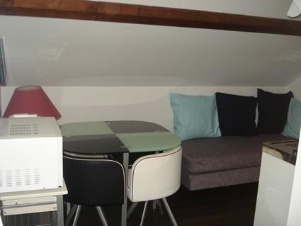 Rental apartment L isle d'abeau 395€ CC - Picture 2