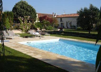 Vente de prestige maison / villa Saint vivien 1075000€ - Photo 1