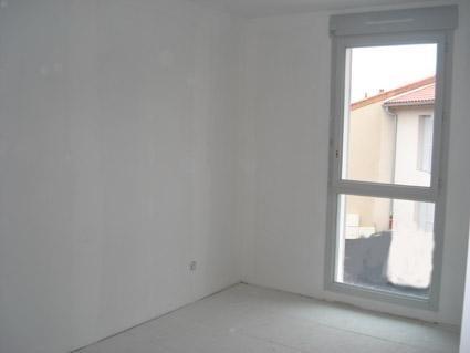 Location maison / villa La verpilliere 950€ CC - Photo 6