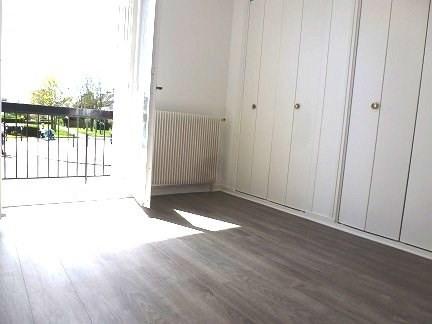 Rental apartment Maurepas 745€ CC - Picture 3
