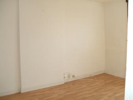 Location appartement Arques 425€ CC - Photo 3