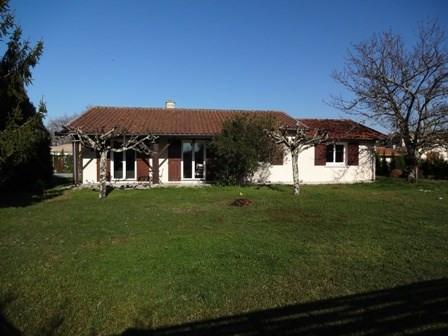 Rental house / villa La brède 985€ CC - Picture 1