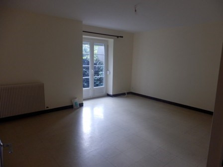 Location maison / villa Moroges 802€ CC - Photo 9