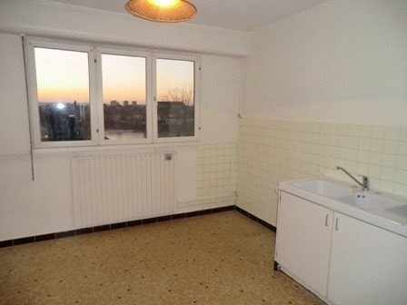 Rental apartment Chalon sur saone 620€ CC - Picture 6