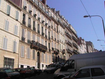 Rental apartment Marseille 6ème 381€ CC - Picture 2