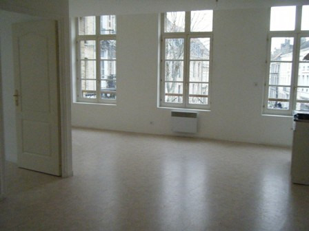 Location appartement Saint-omer 500€ CC - Photo 3