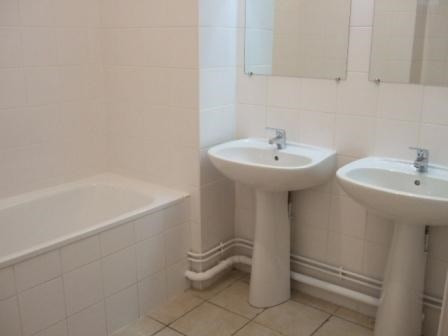 Location appartement Lewarde 790€ CC - Photo 3