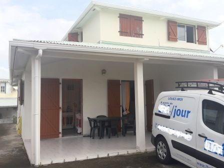 Vente maison / villa Le robert 309800€ - Photo 2