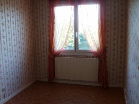 Rental apartment Champforgeuil 590€ CC - Picture 3