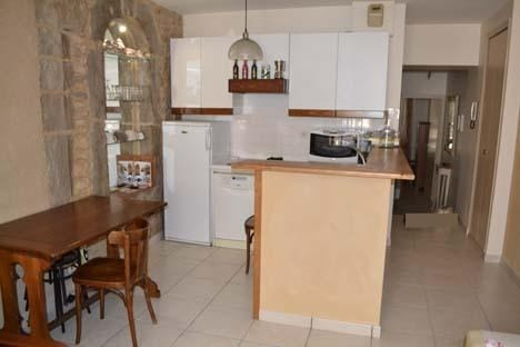 Rental apartment Bourgoin jallieu 550€ CC - Picture 2