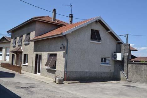 Vente maison / villa Maubec 231000€ - Photo 1