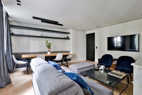 Sale apartment Paris 4ème 969000€ - Picture 2