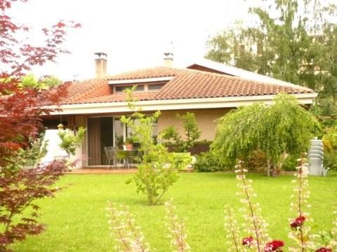 Sale house / villa Tarbes 295400€ - Picture 1