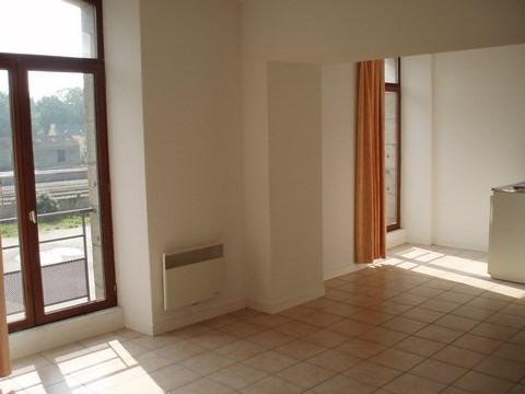 Location appartement Pontivy 299€ CC - Photo 1