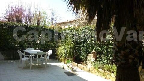 Sale house / villa Le beausset 270 000€ - Picture 3