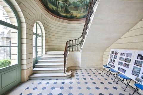 Sale apartment Paris 3ème 870000€ - Picture 2