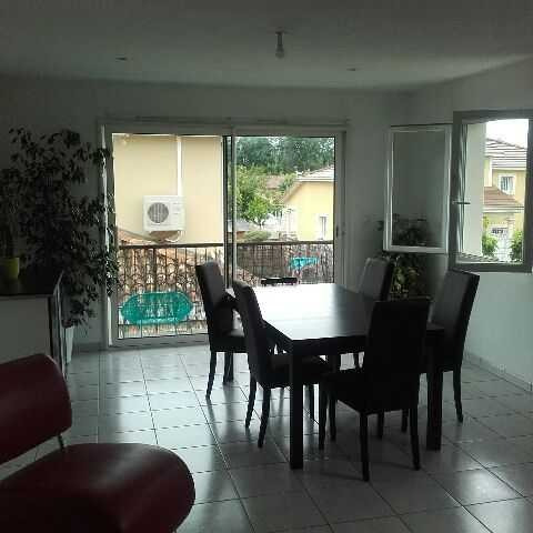 Location appartement Bourgoin jallieu 800€ CC - Photo 3