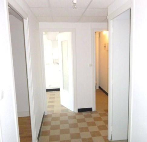 Rental apartment Villeurbanne 950€ CC - Picture 3