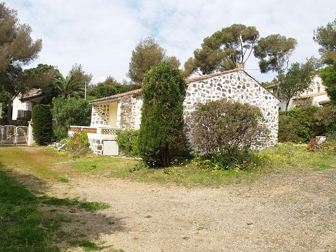 Location vacances maison / villa Les issambres 760€ - Photo 3