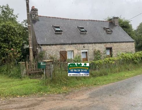 Sale house / villa Saint nicolas du pelem 55000€ - Picture 1