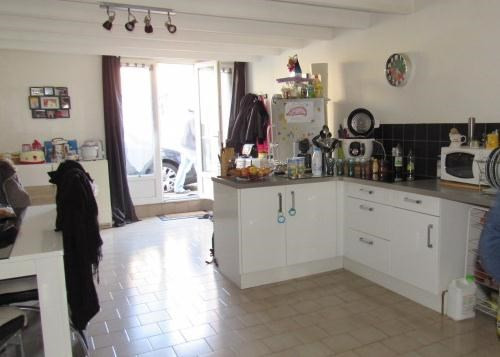 Sale house / villa Saint-jean-d'angély 122 250€ - Picture 2