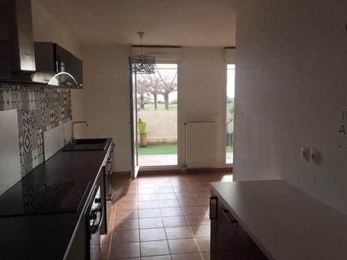 Rental apartment Port de bouc 855€ CC - Picture 2