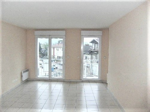 Location appartement La tronche 958€ CC - Photo 3