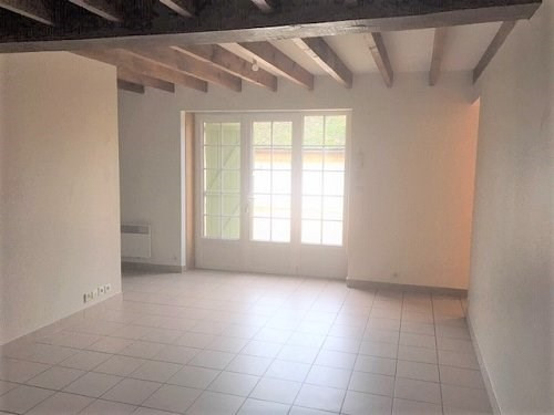 Location appartement Bu 690€ CC - Photo 3
