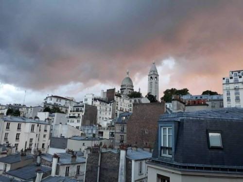 Vente appartement Paris 18ème 890000€ - Photo 1
