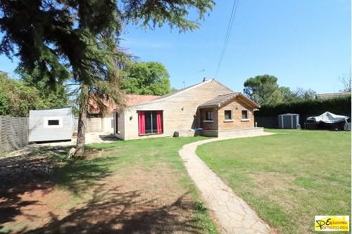 Sale house / villa Houdan 231000€ - Picture 1