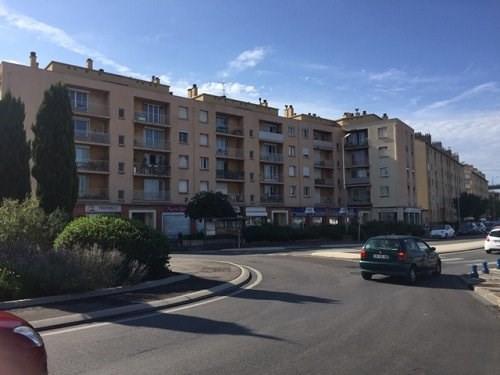 Rental apartment Martigues 756€ CC - Picture 1