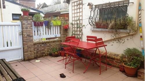 Sale house / villa Le houlme 147500€ - Picture 1