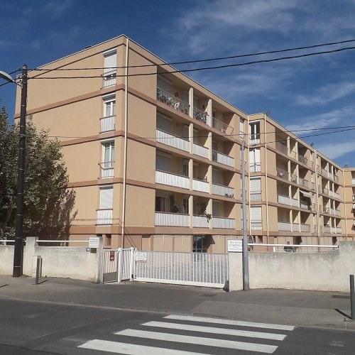 Rental apartment Marignane 710€ CC - Picture 1