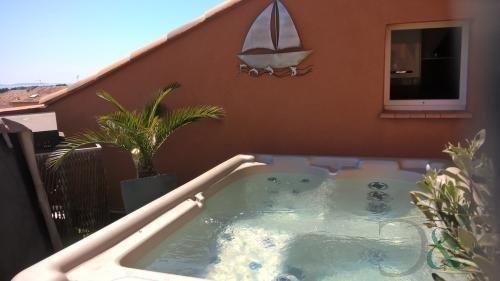 Immobile residenziali di prestigio appartamento La londe les maures 498200€ - Fotografia 5