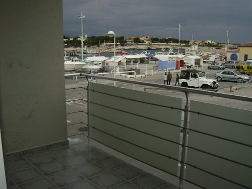 Rental apartment Carro 1 000€ CC - Picture 1